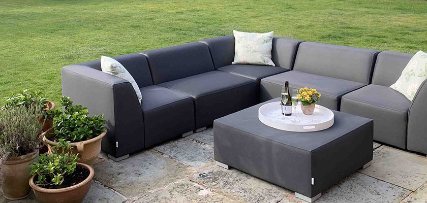 Luxury Outdoor Sofas – All Year Round
